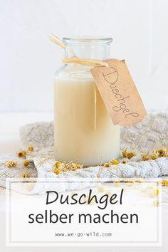 Du möchtest Duschgel selber machen? Hier erfährst du, wie dir dein DIY Duschgel für empfindliche Haut gelingt. #naturkosmetik #rezepte #diy Diy Shower, Shower Gel, Diy Shampoo, Doterra, Body Lotion, Diy Beauty, Diy For Kids, Glass Of Milk, Diy Gifts