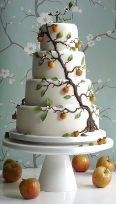 Beautiful apple weddding cake