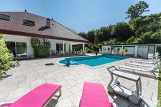 In protected frame, impressive property understanding living room in the face of in front of the tiled swimming pool, bring down 300 m ², stone paved Portal, Villa, Chf, Flat, Geneva, Switzerland, Entrance, Swimming Pools, Bring It On