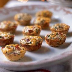 Mini Frittatas with Ham and Cheese Recipe. 39 calories per mini frittata. I'd probably eliminate the ham (or use veggie sausage) and possibly bake them in standard muffin tins. Mini Frittata, Breakfast Frittata, Savory Breakfast, Breakfast Muffins, Frittata Muffins, Breakfast Cooking, Mini Quiches, Sunday Breakfast, Breakfast Buffet