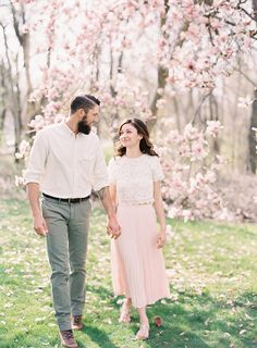 17-spring-couples-engagement-photography