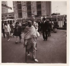 17 rare, probably never seen before, photos of Srila Prabhupada's unique visit to Moscow Krishna Book, Hare Krishna, Most Powerful Mantra, Indian Spirituality, Showing Respect, Srila Prabhupada, Divine Grace, Krishna Images, God Pictures