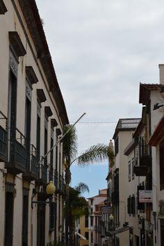 Rue Funchal