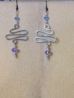 Zig zag wire dangle earrings by JenmailleCreations on Etsy