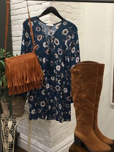 Turquoise and Brown, a fun and earthy color combo for Fall. $44 dress , $25 crossbody with fringe. #ShopALB #ApricotLaneTS