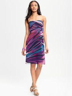 Kylie print strapless dress | Banana Republic - Perfect summer wedding guest dress.