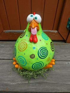 Check out this item in my Etsy shop https://www.etsy.com/listing/200696077/dizzy-chicken-gourd