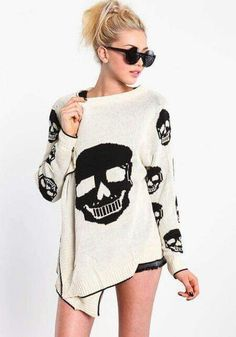 ivory skull cardi, I'm gonna need. Skull Fashion, Gothic Fashion, Love Fashion, Womens Fashion, Alternative Mode, Alternative Fashion, Mode Outfits, Fashion Outfits, Skull Sweater