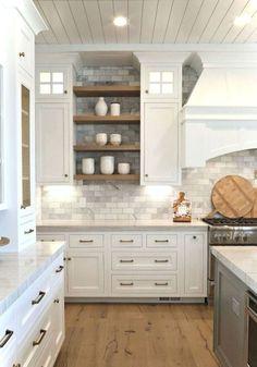Gorgeous farmhouse kitchen cabinets makeover ideas (54)