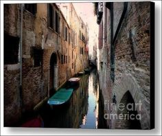 L'Aqua Magica- Venice, Italy - Fine Art Prints and Posters for Sale by The Singing Photographer - Micki Findlay. #venice #wallart #walldecor #italy #travel #canal
