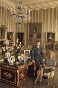 loveisspeed .......: A Duquesa de Alba 18, a mulher com mais títulos na Europa, abre sua obra-prima cheia de Madrid palácio para uma rara visita.
