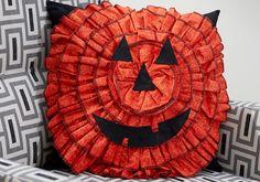 Jack-o-lantern Pillo