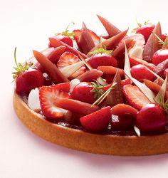 Dessert Professional | The Magazine Online - Rhubarb, Strawberry and Almond Tart