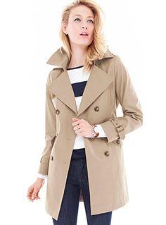 06159f998ca Signé DKNY à la Contemporaine Tous les détails typiques y sont   les  épaulettes