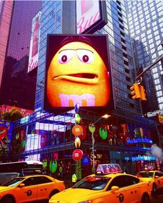 "ilove_newyo: ""Pnhoto by @patrinica Send your photo to us in direct #ilove_newyo #ilovenewyork #newYork #USA #America #bigApple #ny  #newyork #iloveny #empirestatebuilding #Brooklynbridge #Manhattan #timessquare #nyc #statueofliberty #oneworldtradecenter #centralpark #imagesofnyc #what_i_saw_in_nyc #ig_nycity #instagramnyc"""