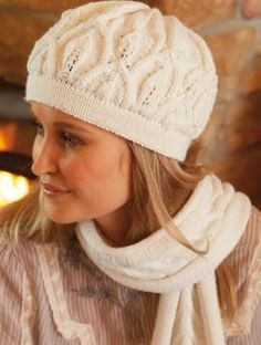 Hat with Lace Pattern