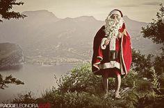 Happy holidays! ©Raggieleonora.com  #MerryXmas #HappySanta #BuonNatale #Natale #Xmas #MerryChristmas #Italy #GardaTrentino #FstopGear #EleonoraRaggiPhotography