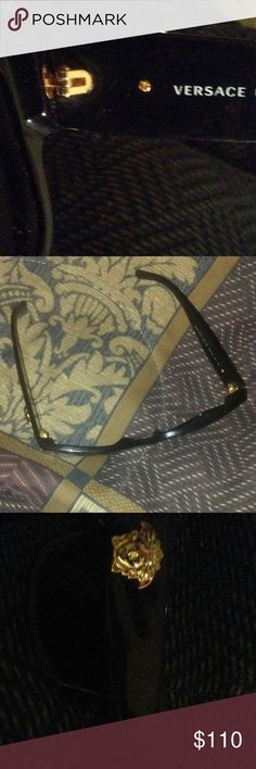 versace shades new used but it in very good condition Versace Accessories Glasses