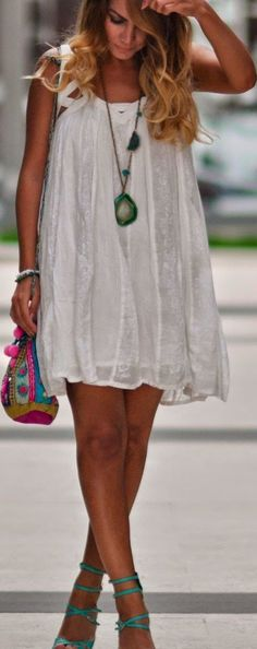 Boho chic Bershka White Layered Mini Swing Dress with modern hippie chunky geode slice necklace. FOLLOW this board > now http://www.pinterest.com/happygolicky/the-best-boho-chic-fashion-bohemian-jewelry-gypsy-/ for the BEST Bohemian fashion trends for 2015.