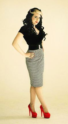 Black and White Houndstooth Pencil Skirt, Black Blouse and Red Heels.
