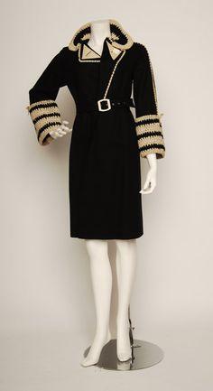 retro vintage ◕ felt coat with self crochet 1930s Fashion, Art Deco Fashion, Retro Fashion, Vintage Fashion, Womens Fashion, Fashion Design, Fashion Trends, Belle Epoque, Vintage Dresses