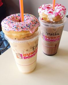 """Friday mornings are my favorite bc that means coffee runs w peter - * * * """"Donuts and Coffee"""" * * * - Kaffee Dunkin' Donuts, Coffee And Donuts, Starbucks Recipes, Coffee Recipes, Yummy Drinks, Yummy Food, Comida Disney, Bebidas Do Starbucks, Starbucks Drinks"""