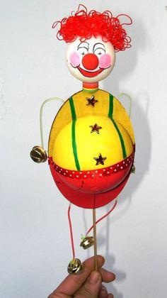עבודות יצירה צעד אחר צעד - יצירות לפי נושאים - חגים ומועדים - פורים - ליצן - יצירה לילדים יצירות לילדים עבודות יצירה לקיץ Working With Children, Holiday Crafts, Crafts For Kids, Projects To Try, Table Lamp, Places, House, Home Decor, Art