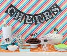 8 Creative DIY Graduation Decorations - Chalkboard Pendant