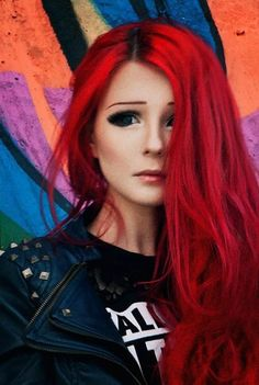Консилеры для лица - волшебное средство! Red Leather, Leather Jacket, Red Hair, Ronald Mcdonald, Makeup, Fashion, Studded Leather Jacket, Crimson Hair, Leather Jackets
