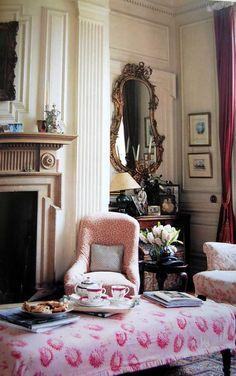 Easy Cottage Style/Liz Bauwens & Alexandra Campbell