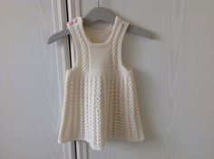 Ravelry: Project Gallery for Ellis dress/ Ellin mekko pattern by Jaana