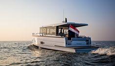 Family Boats, Deck Boat, Below Deck, Seafarer, Super Yachts, Open Water, Speed Boats, Jet Ski, Luxury Yachts