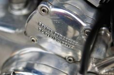1952 vincent series c rapide - dynamo drive cover | photo arpad zirig