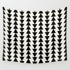 BLACK & WHITE ARROWS Wall Tapestry