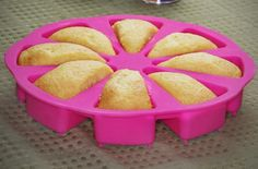 Just a Slice Cake Pan Ensures the Perfect Portions