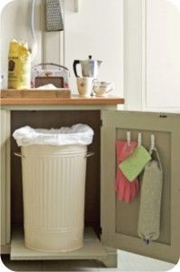 Love this idea of spray painting an a metal garbage can! So cute!