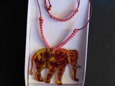 Collier éléphant ajustable macramé orangé