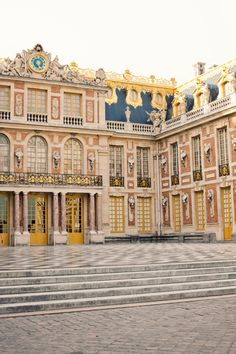 Palace of Versailles - CANNOT wait to visit this place again! definitely need to spend 2 days to cover the whole grounds France Travel, Bon Voyage, Wonderful Places, Beautiful Places, Palace Of Versailles France, Chateau Versailles, Oh The Places You'll Go, Places Around The World, Places To Travel