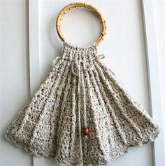 VTG taupe tan beige  cream knit crochet bangle tote boho purse handbag
