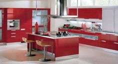 Red kitchen cabinets have some stylish ideas to bring kitchen beautiful and interesting. You can bring it by one of 20 stylish ways to work with red kitchen cabinets. I will tell you the reason why this year will be the year of red kitchen cabinets. Red Kitchen Island, Red Kitchen Walls, Two Tone Kitchen Cabinets, Red Cabinets, Kitchen Colors, Kitchen Cupboard, Gloss Kitchen, Kitchen Appliances, Kitchen Units