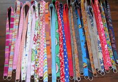 Hi you! I recently made a lot of fabric lanyards for our 40 + Blogger Meet-Up 2015, and thought I'd share a little DIY tutorial. These lanyards are... Lanyard Tutorial, Diy Tutorial, Fabric Crafts, Sewing Crafts, Sewing Projects, Lanyard Keychain, Keychains, Beaded Lanyards, Fabric Bags