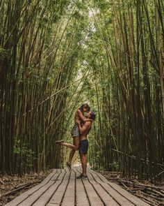One of the best places on Maui, Hawaii. What to see on Hawaii? Bamboo forest on Maui. Hawaii Vacation, Hawaii Travel, Vacation Photo, Maui Hawaii, Hawaii Tumblr, Hawaii Things To Do, Luxury Beach Resorts, Bali, Las Vegas