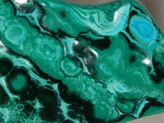 Hello, here is a HUGE! SUPER nice and 100% Natural piece of POLISHED all around Malachite from the Democratic Republic of Congo!   This piece has DEEP GREEN colors with Super well defined and contrasting colors....beautiful!  This is much nicer in person, it is really difficult to get all of the detail and TRUE colors to show up in the photos!  The overall piece measures a CRAZY! 15.9cm or 6.25 at its biggest!  Combine and save on shipping.