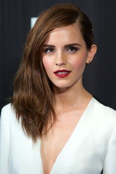 Emma Watson Rocks a Lorde Lip on the Red Carpet! Here's the Weird Trick for Getting Her Look