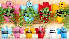 Transform Old Plastic Bottles into Lovely Flower Pots, Hanging Garden Ideas Bottle Art, Bottle Crafts, Diy Planters, Planter Pots, Greenhouse Supplies, Flower Pots, Flowers, Growing Herbs, Plastic Bottles
