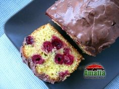 Chec-cu-visine-01 Cherry Loaf Cake, Sour Cherry, Romanian Food, Food Cakes, Cake Recipes, Deserts, Muffin, Cooking Recipes, Sweets