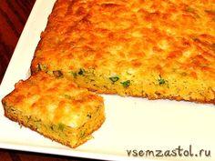Кукурузный хлеб с зеленым луком и пармезаном
