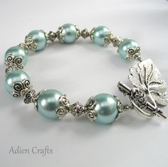 Turquoise Shell Pearl Bracelet Gift Boxed.