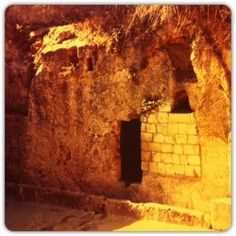 Tomb of Jesus Christ ~ I want to feel how intense that spot would be.