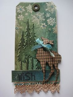 Handmade Christmas Tag with Tutorial Christmas Paper Crafts, Christmas Gift Tags, Xmas Cards, Handmade Christmas, Holiday Cards, Reindeer Christmas, Origami, Timmy Time, Etiquette Vintage